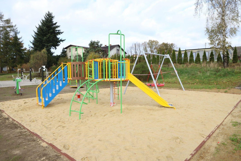 Miejsce do zabawy dla najmłodszych mieszkańców Poręby