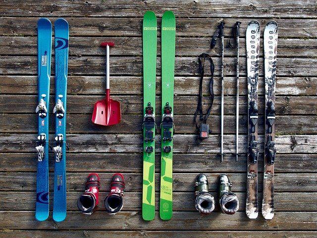 Giełda zimowego sprzętu sportowego i garażówka