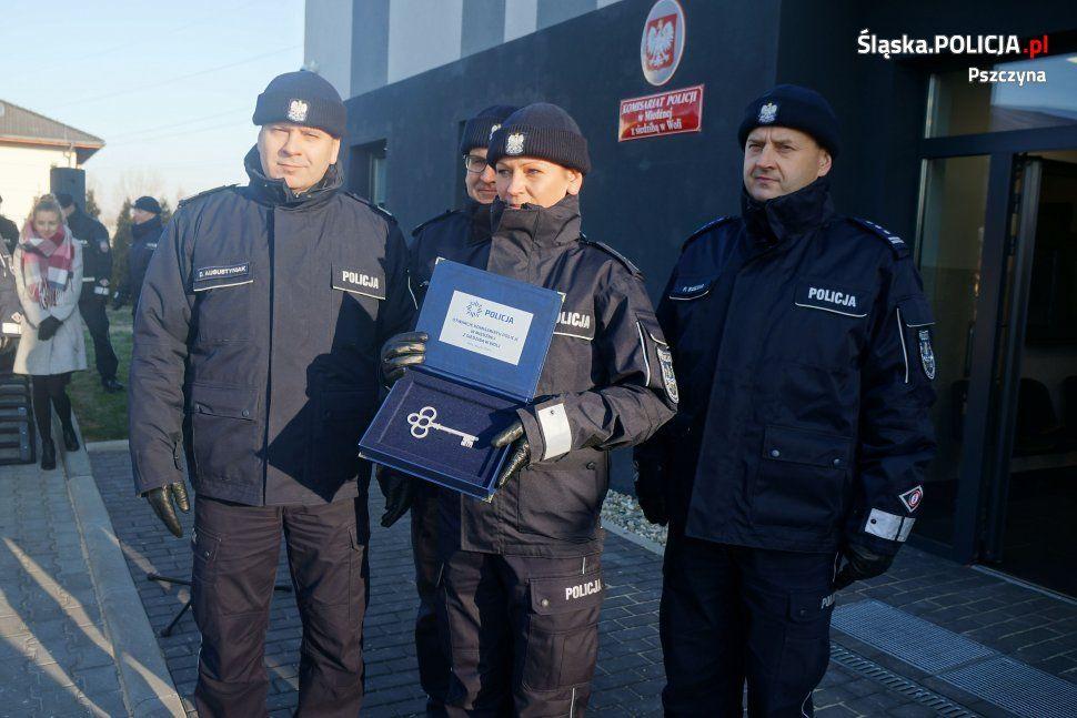 Uroczyste otwarcie komisariatu w Woli. 15 funkcjonariuszy będzie dbało o bezpieczeństwo mieszkańców