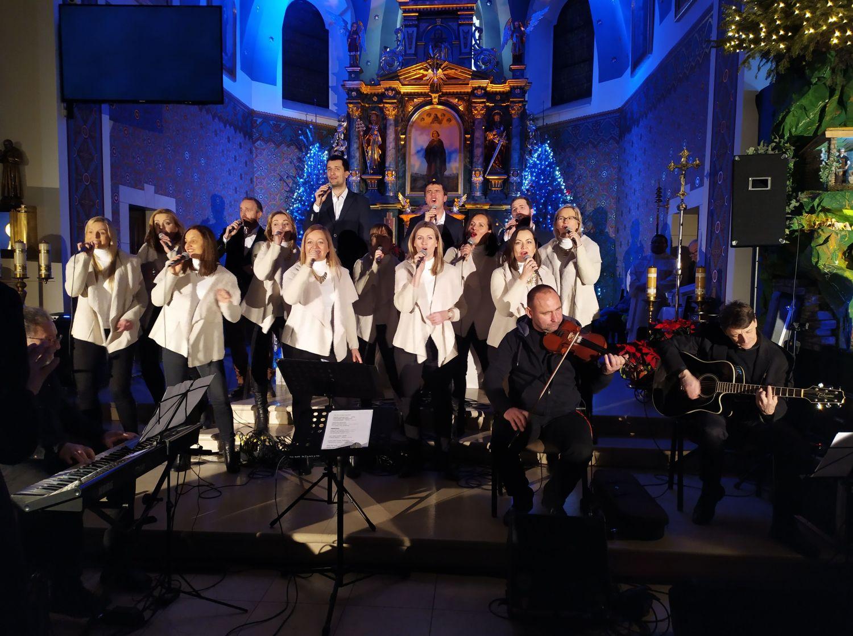 Zielona kolęda w Goczałkowicach  - koncert Carrantuohill i chóru AF Music