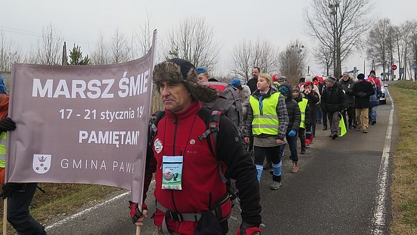 Rajd Pamięci przeszedł drogami gminy Pawłowice w 75. rocznicę ewakuacji więźniów oświęcimskich
