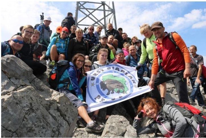 Turyści, entuzjaści gór, społecznicy. UKST