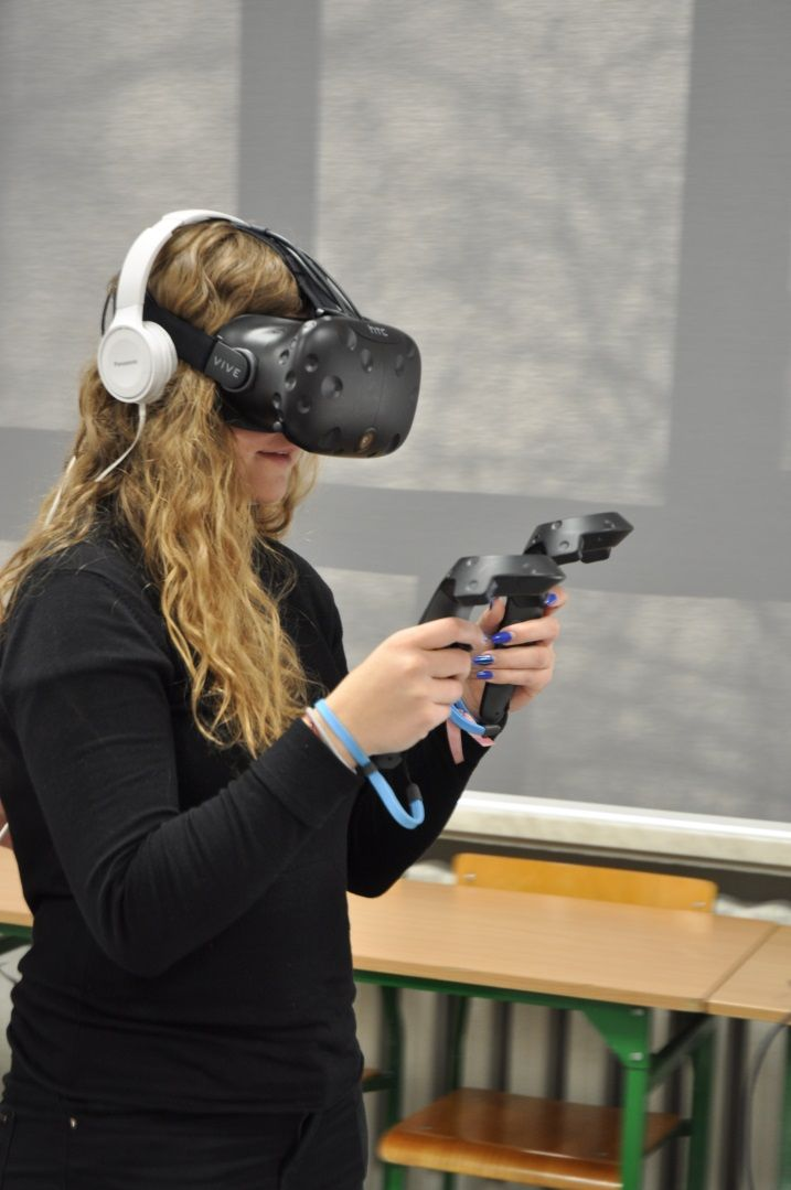 Uczniowie szkolili się w wirtualnej rzeczywistości