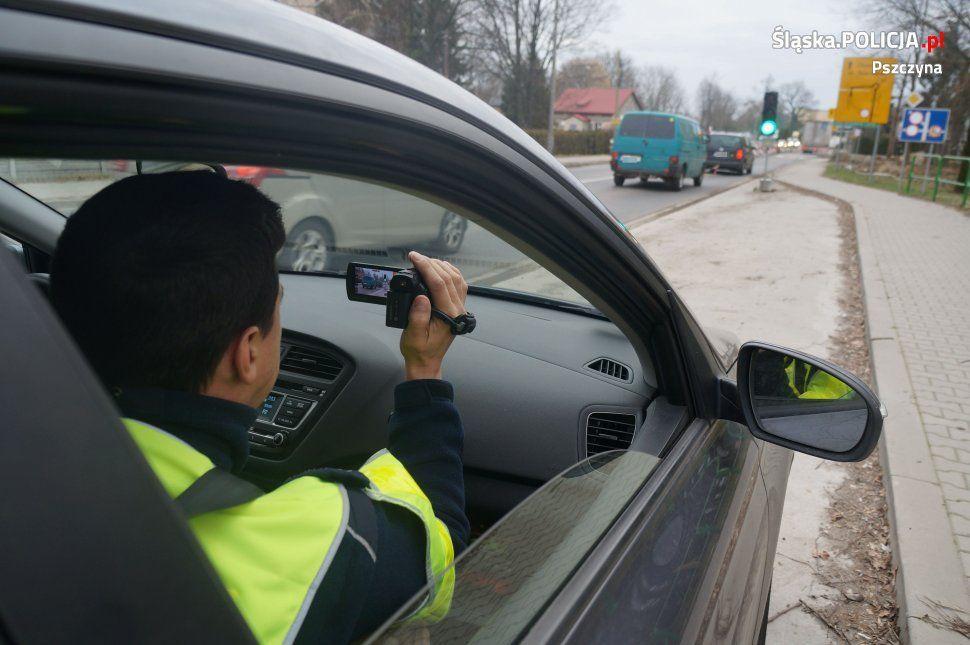 12 kierowców ukaranych za przejazd na czerwonym świetle