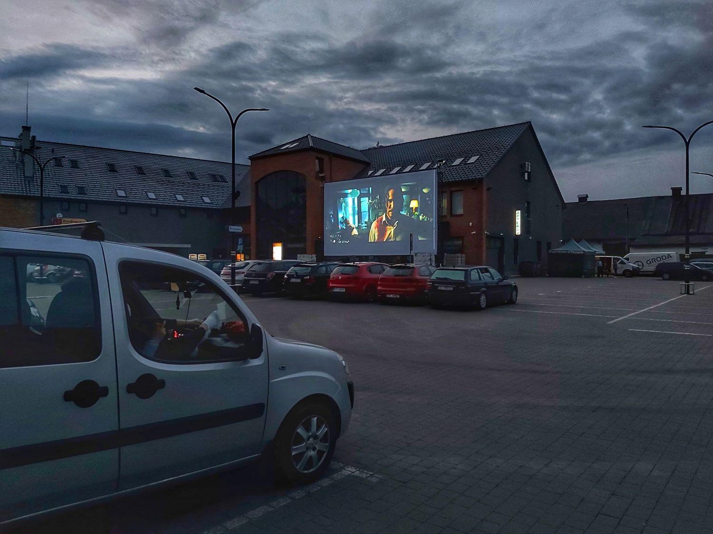 Kino Samochodowe: seans przeniesiony na lipiec