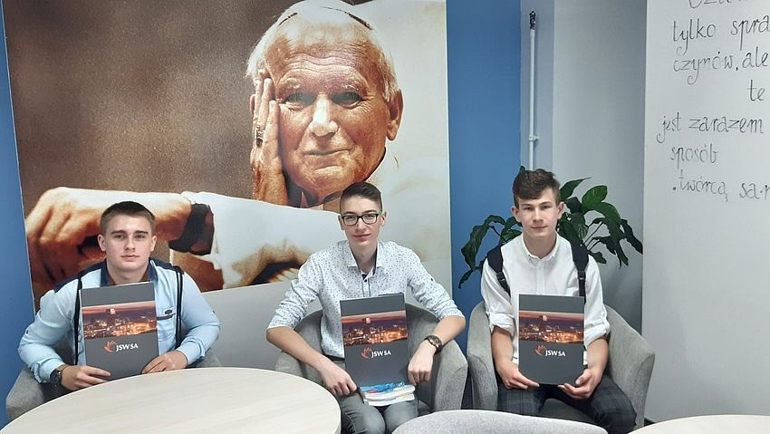 Stypendia dla 3 uczniów ZSO w Pawłowicach