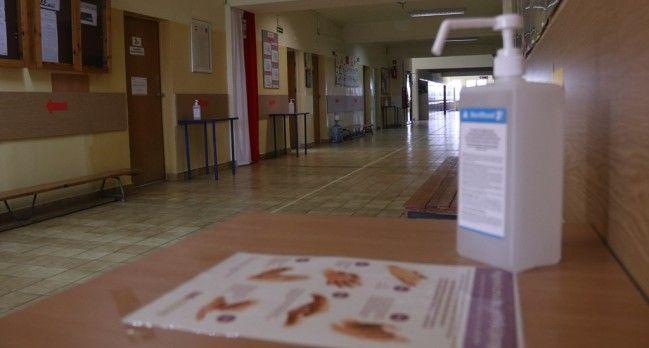Szkoły powiatowe powracają do nauki w trybie stacjonarnym