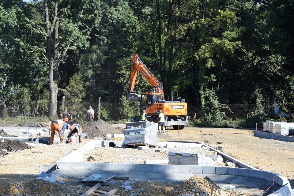 Budowa Centrum Przesiadkowego zmierza ku końcowi