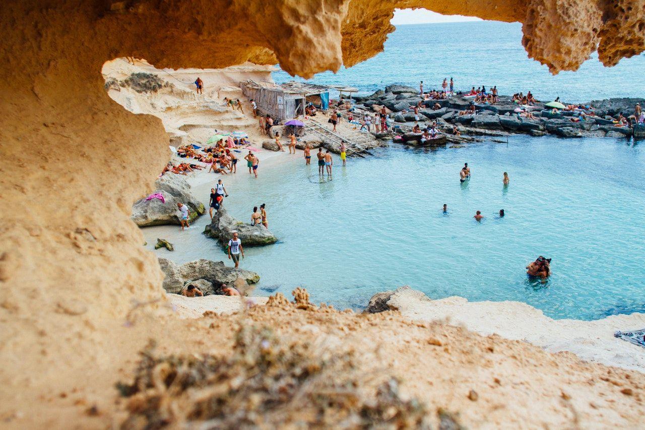Art. spons. Ubezpieczenie turystyczne do Hiszpanii - ile kosztuje?
