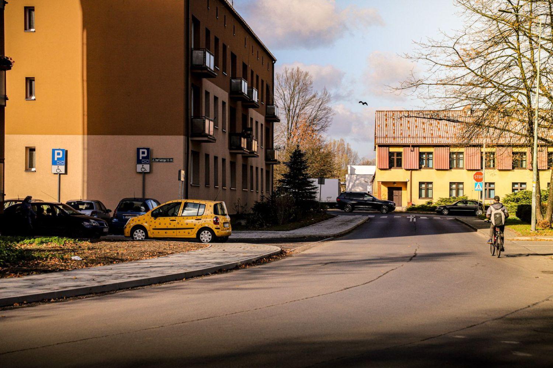 Nowy chodnik wzdłuż ulicy Jagiełły