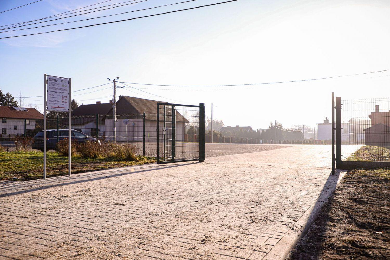 Powstał chodnik do Szkoły Podstawowej nr 13 w Wiśle Małej