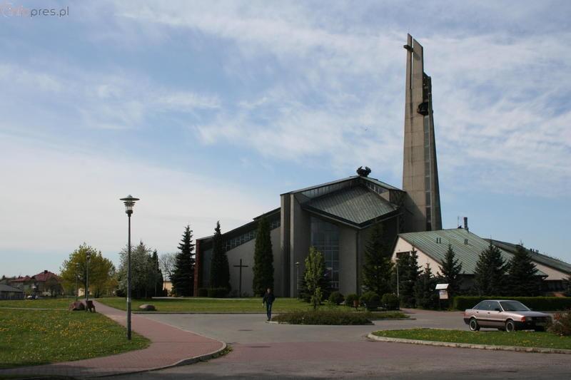 Burmistrz podjął decyzję w sprawie cmentarza