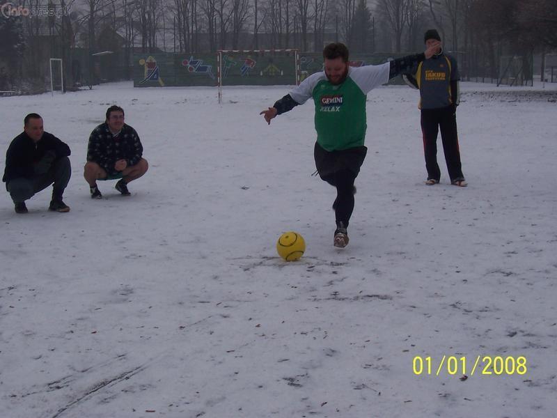 Pierwsze piłkarskie spotkanie