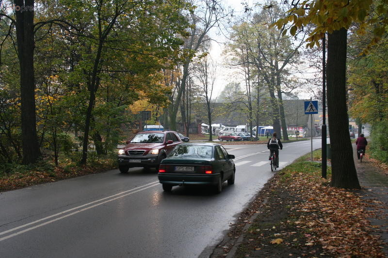 Zmiana organizacji ruchu przy pszczyńskich cmentarzach
