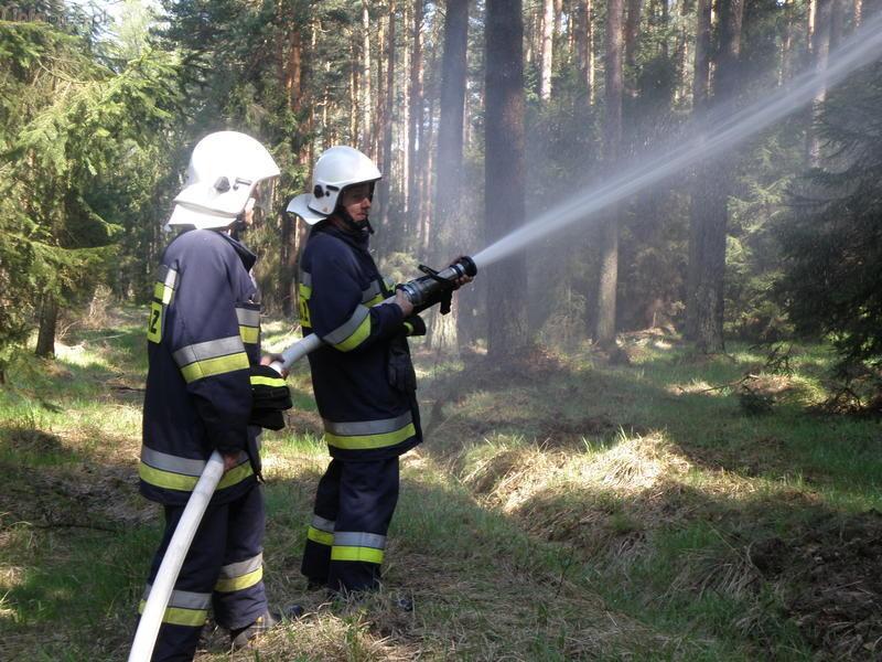 Ćwiczenia strażaków-ochotników