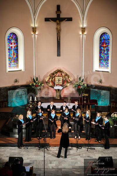 Łączy ich przyjaźń, wiara i śpiew. Canticum świętuje 10-lecie