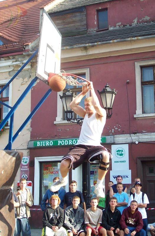 Koszykarze zawładnęli Rynkiem