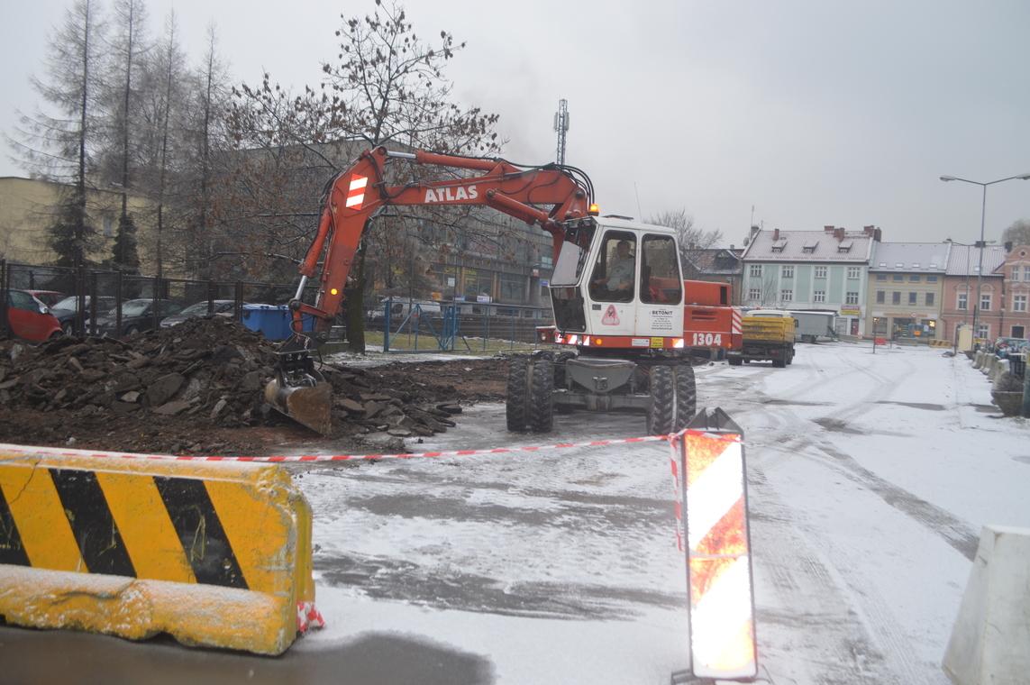 Pierwsze prace na parkingu przy ul. Chrobrego. Są utrudnienia
