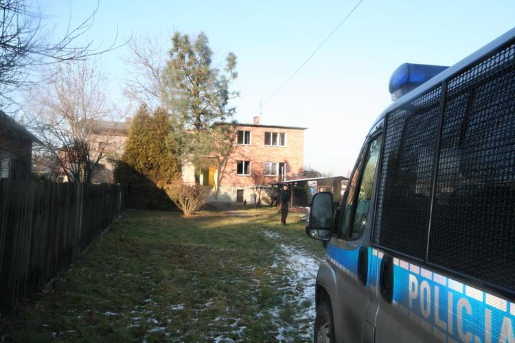 Pożar domu w Czarkowie. Zginął mężczyzna
