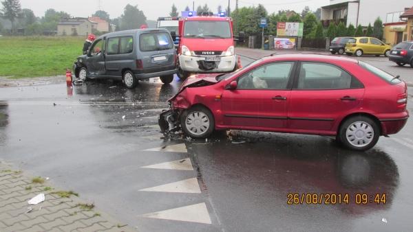 Wypadek we Frydku. Dwoje rannych