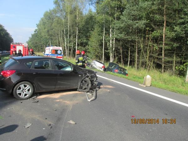 Dwie osoby ranne w wypadku na DK1
