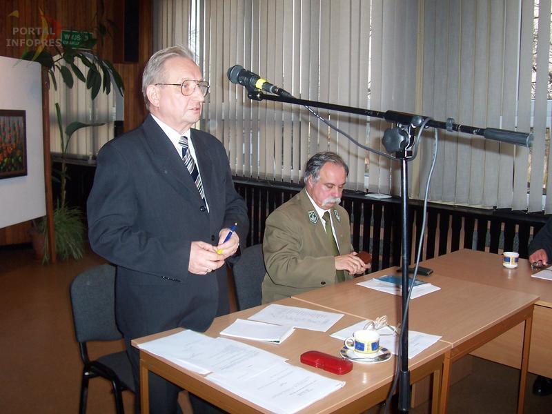 Kobiór: Kandydaci na wójtów rządzą Radą